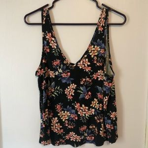 American Eagle Outfitters Tops - American Eagle Soft & Sexy Cropped Tank Top